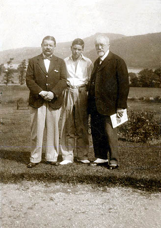 Three generations of Mansfield's. Left to right  Purcell James Mansfield, Cedric Orlando Mansfield and Orlando Augustine Mansfield on holiday in Wales.
